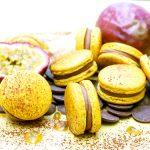 Macarons chocolat et fruits de la passion