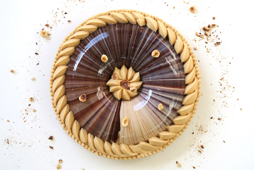 Tarte au chocolat, praliné et caramel