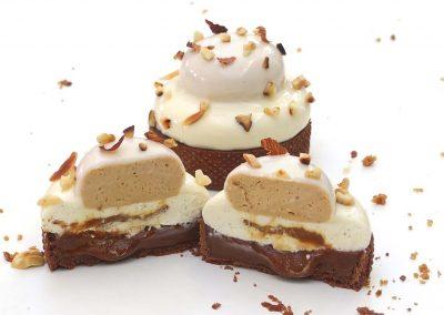 Tartelette à la vanille, praliné et caramel